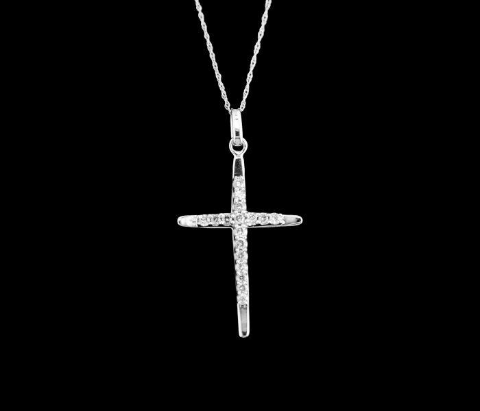 diamond-cross-necklace