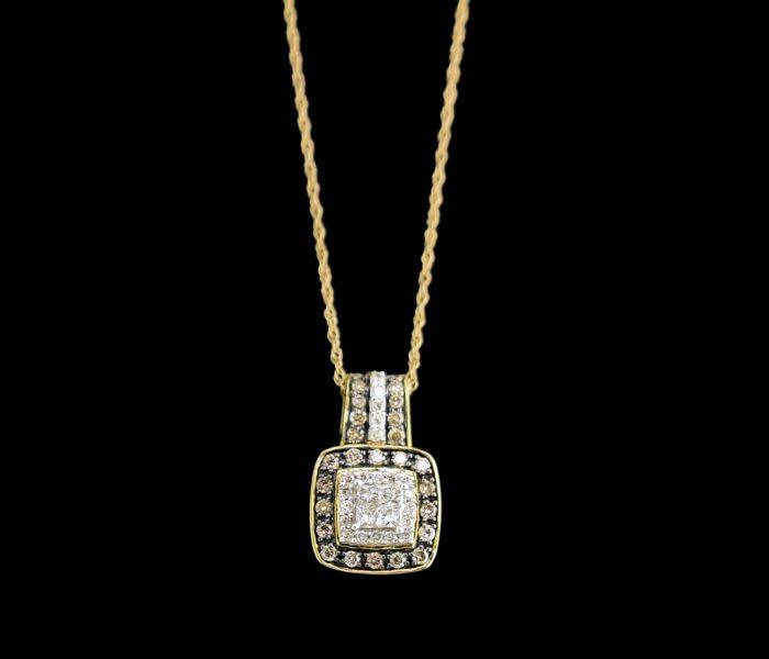 white-coco-diamond-necklace